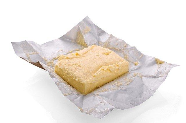 ファットスプレッド マーガリンより脂肪が少ない