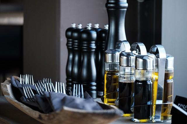 酢 価格の差ほど、うまみ成分や品質に差はない