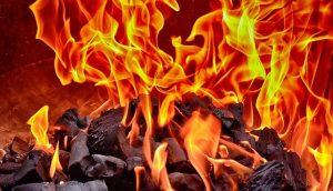 燃やすと危険なプラスチック 合成樹脂